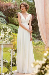 Plunged Sleeveless Chiffon Pleated Wedding Dress With Lace And Bow