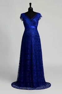 Floor-length A-line V-neck Cap Short Sleeve Low-V Back Lace Maternity Dress with Sweep/Brush Train