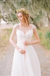 Elegant Cap Sleeve Long Chiffon Sweetheart Wedding Dress