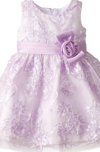 Sleeveless A-line Appliqued Dress With Flower and Bow