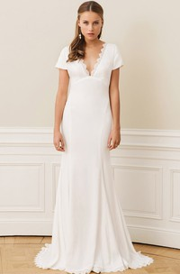 Adorable Chiffon Lace Scalloped Sheath Floor-length Sweep Train Wedding Dress