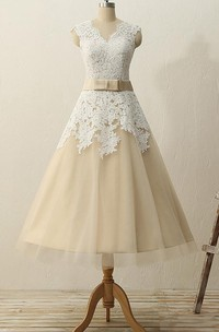 Tea-Length V-neck Zipper Tulle Lace Satin Dress