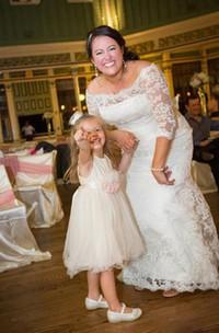 Lace Beach Long Sleeve Appliques Off Shoulder Plus Size Bridal Gowns
