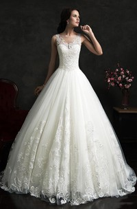 Unique Ball Gown Sleeveless Wedding Dress With Lace Appliques