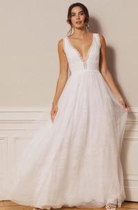 Bohemian Lace Tulle Plunging Neckline A Line Floor-length Deep-V Back Wedding Dress