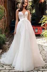 Vintage Sweetheart A Line Ball Gown Lace Tulle Court Train Wedding Dress with Appliques and Bow