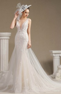Lace Illusion Sleeveless Plunging Mermaid Appliqued Open Back Wedding Dress With Chapel Train