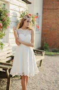 A-line Jewelry Neckline Illusion Sleeveless Knee-length Lace Wedding Dress