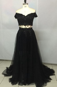 Off-the-shoulder Tulle Dress With Appliques