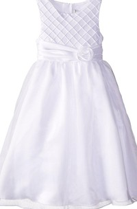 Sleeveless Dress With Flower and Lattice Detail